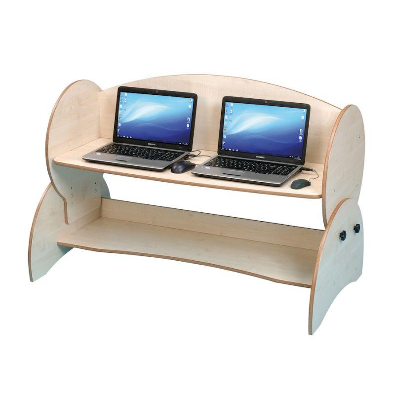 Divvietīgs datora galds