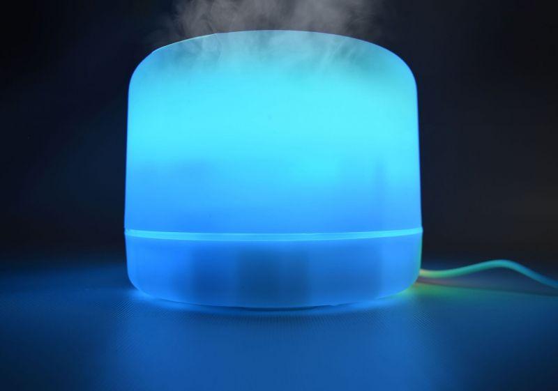 Apgaismojošs un aromātisks difuzors