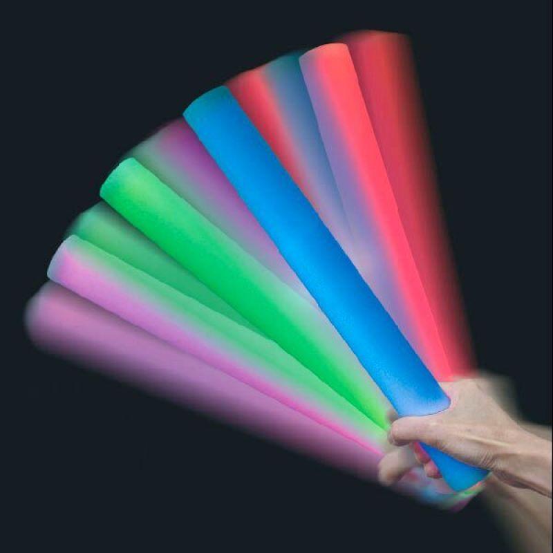 LED spīdošie spieķi